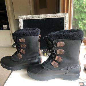 Sorel Alpine Black Leather Boots size 9